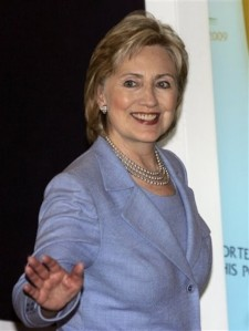 Hillary waving at Stacyx