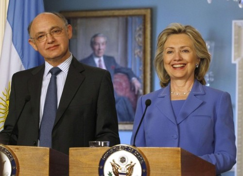 U.S. Secretary of State Clinton welcomes Argentina's Foreign Minister Timerman in Washington